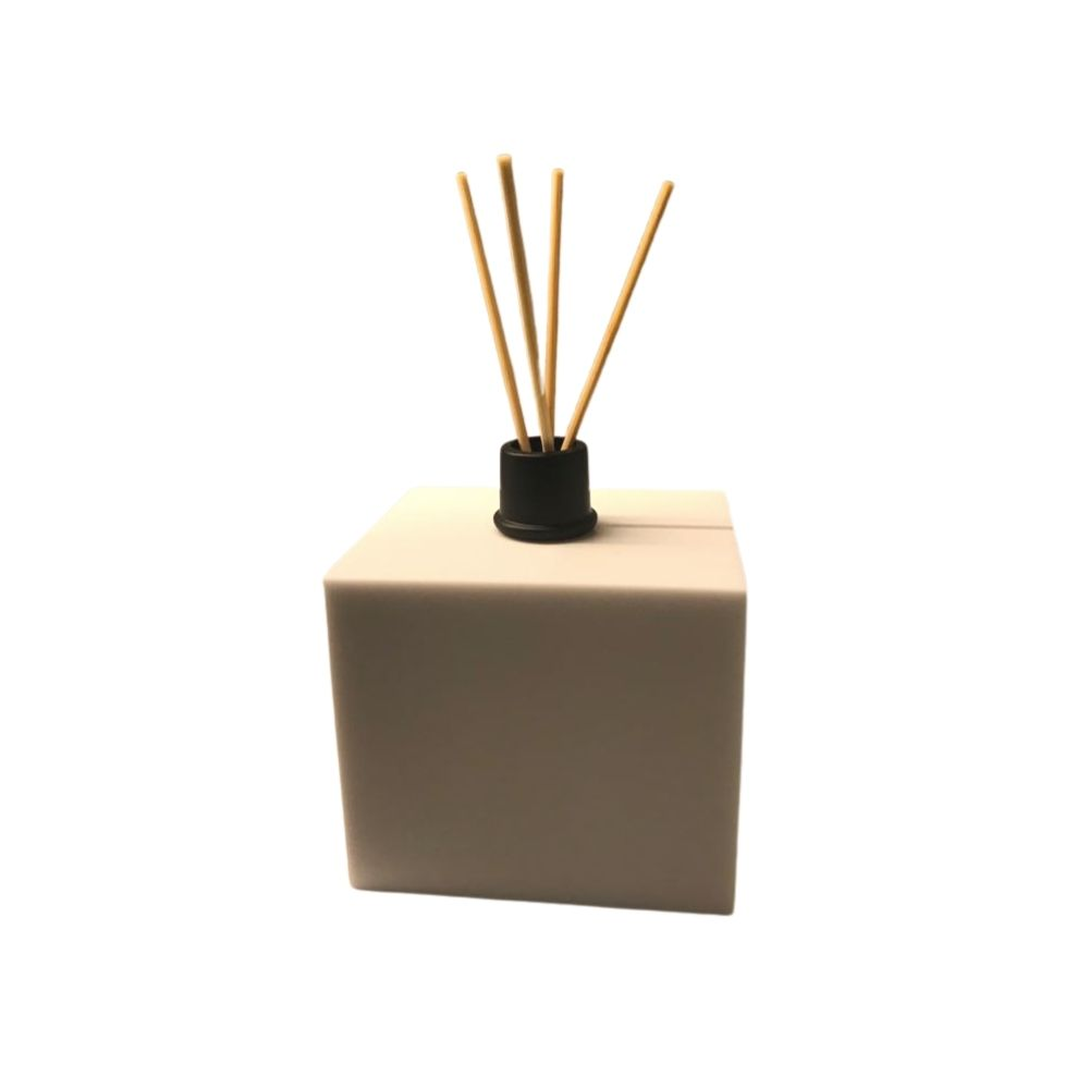 Difusor Aromatizador de Ambiente em Resina de Poliéster