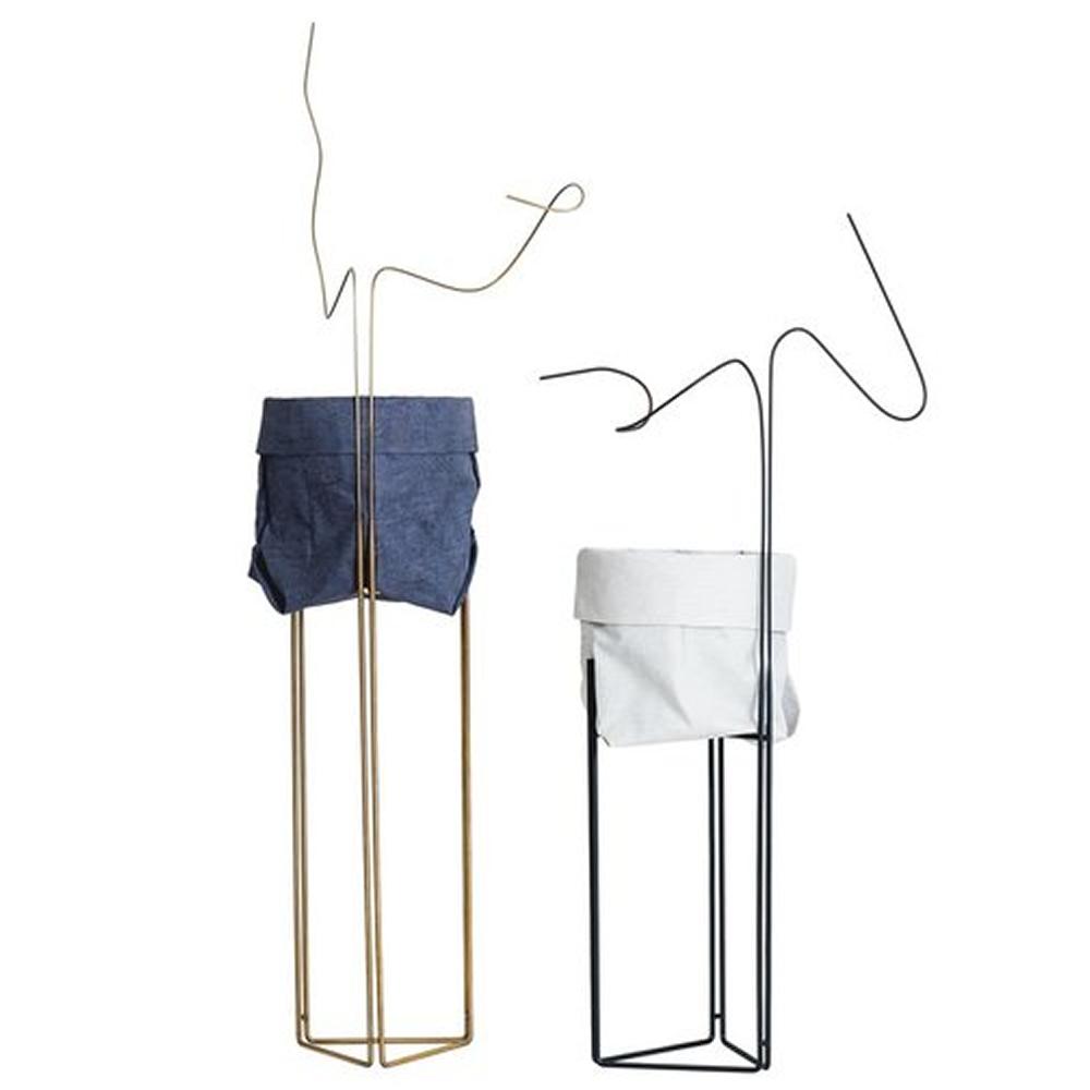Pedestal Cachepot Linha Filipe Ramos com base de Aço ouro ou natural envelhecido