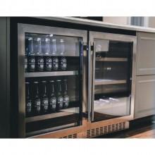 Beer center 135 litros Built-in abertura lado direito 127v/220v Elettromec