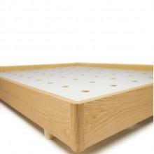 cama de madeira carvalho com design minimalista assinado
