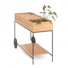 Carrinho de Bar BG em madeira carvalho com design minimalista assinado por Wooding