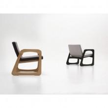 Poltrona Bella Estofada Design Assinado Rodrigo Delazzeri